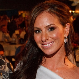 Molly Bloom To Release Tell-All Memoir   Ultimate Poker Info Tobey Maguire Poker